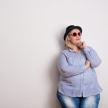 Isojen naisten vaatteet - Kaavakoulu